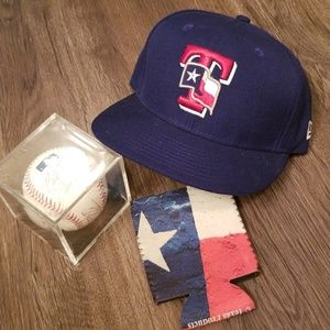online store 7ad2d e9b47 New Era Accessories - NWOT Texas Rangers Fitted 59FIFTY